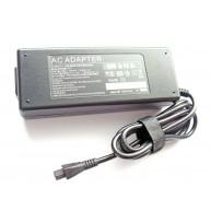 Carregador Compatível TOSHIBA Qosmio * 15V, 8A, 120W (PA3237E-2ACA / AC134)
